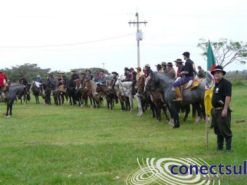 Cavalgada Irmãos do Estribo – Tapes /RS – 2014